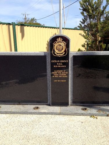 Ocean Grove RSL Memorial 2 : December 2013