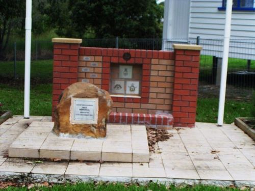 Oxenford  Coomera War memorial