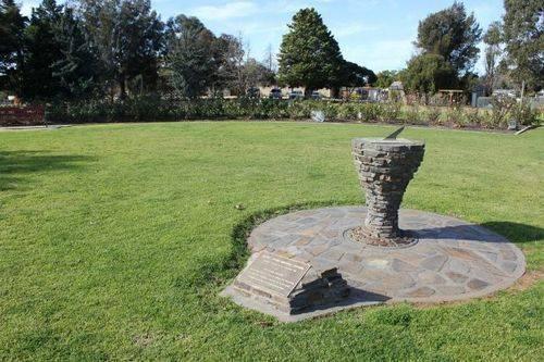 Pioneer Memorial Gardens : 16-July-2011
