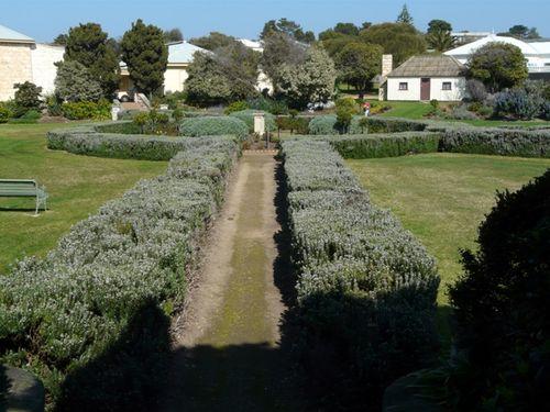 Pioneer Memorial Gardens : 01-October-2011