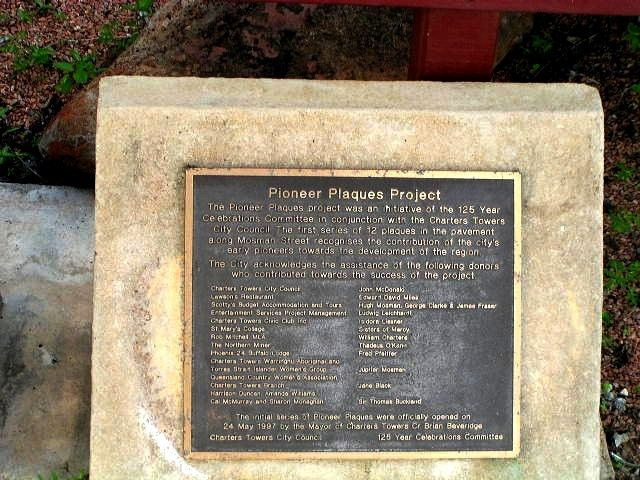 Pioneer Plaques : 23-April-2011