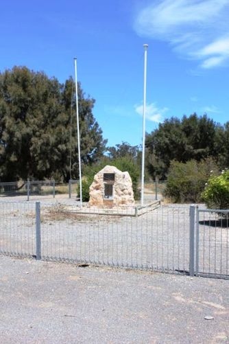 Point Pearce War Memorial : 19-November-2011
