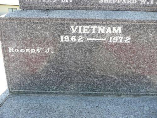 Port MacDonnell War Memorial : 24-November-2012