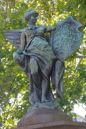 Pyrmont War Memorial  Winged Victory /April 2013