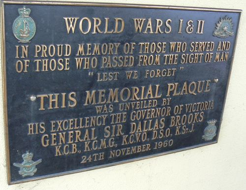 Returned Services League Memorial Plaque : 06-October-2012