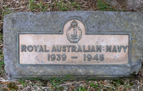 Royal Australian Navy 1939 - 1945 : 25-October-2011