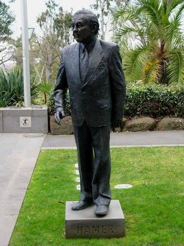 Rupert Hamer memorial