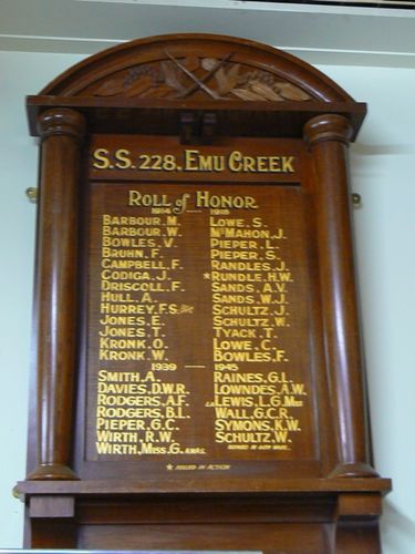 SS228 Emu Creek Honour Roll  08 Nov 09