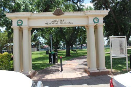 Soldiers Memorial Gardens : 12-December-2012