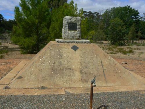 St Arnaud Cemetery War Memorial