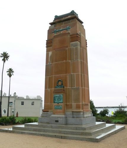 St Kilda Cenotaph : 13-March-2012