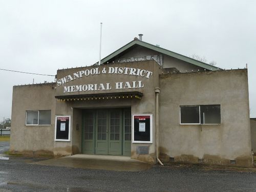 Swanpool & District Memorial Hall : 08-August-2011