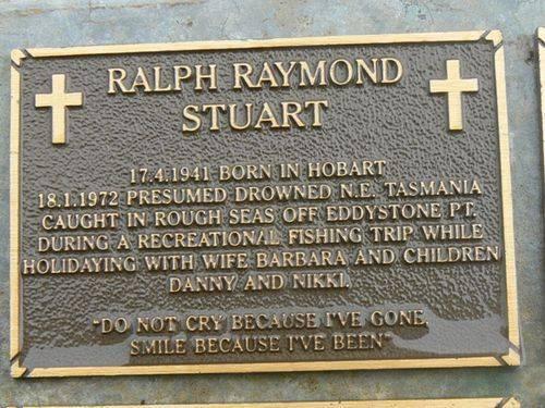 Ralph Raymond Stuart Plaque : 2007