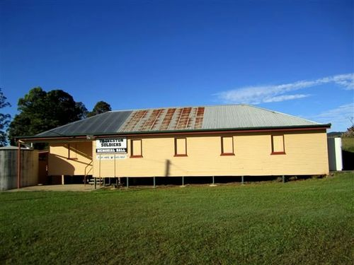 Traveston Soldiers Memorial Hall : 08-05-2012