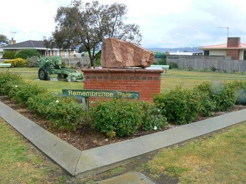 Remembrance Park : 2007
