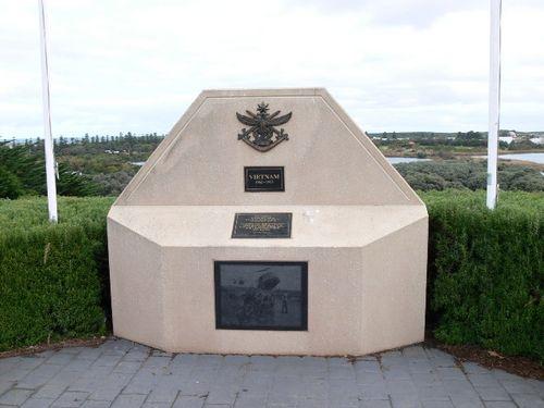 Vietnam Memorial : 10-June-2011