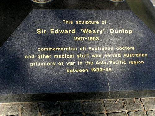 Weary Dunlop Inscription 2007 (Diane Watson)