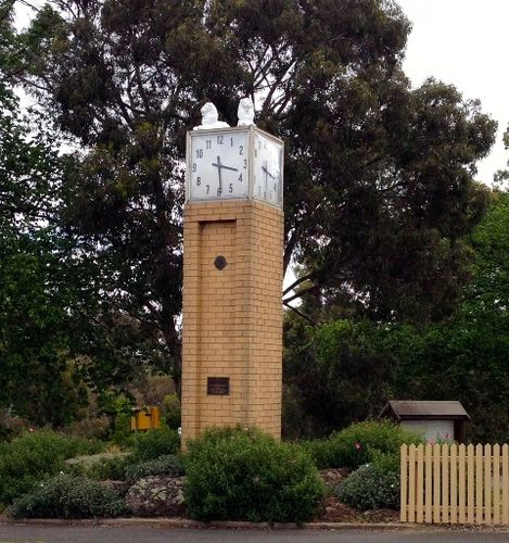 Winchelsea Clock : November 2013