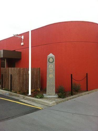 Yarraville Cenotaph : 20-July-2011