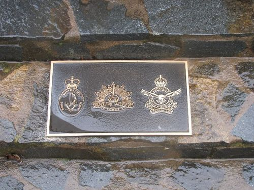 Yass Cenotaph : 13-February-2011