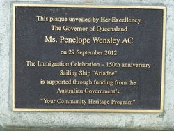 Plaque Closeup 2 : 15-December-2014