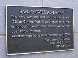 Paterson Park Plaque : 16-October-2014