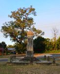 Beaconsfield Upper War Memorial : 20-February-2013