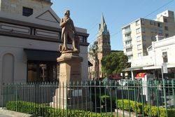 Cook Statue 2 : 05-October-2014