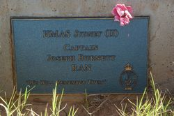 Captain Burnett Plaque: 13-August-2015