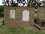 Memorial Wall & Garden : October 2013