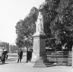 1925 : State Library of South Australia - B-4370