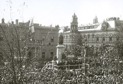 15-July-1920 : Unveiling : State Library of South Australia - B-71518-3