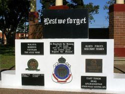 War Memorial 2 : 11-September-2014