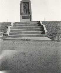 Hargreaves Monument 1955