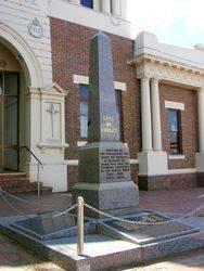 War Memorial 2 : 30-October-2014