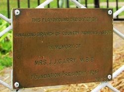 Plaque Inscription: 30-June-2015