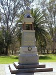 Murchison War Memorial : 06-November-2013