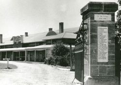 1950 : State Library of South Australia - B-18941