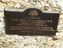 Plaque Inscription : 24-October-2014