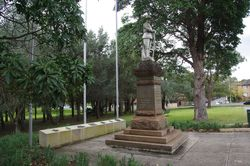 War Memorial + Spirit of Anzac : 12-September-2014