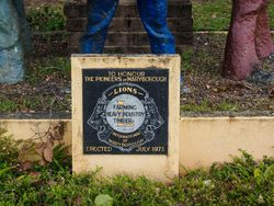 Plaque Inscription: 02-November-2015