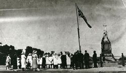 1920 : Dedication of the War Memorial : State Library of South Australia - B-15872