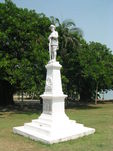 Port Douglas War Memorial 1 2011