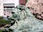 Queen Victoria Statue Lions  Nov 2009