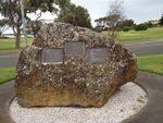 Queenscliff memorial Garden 2 : December 2013