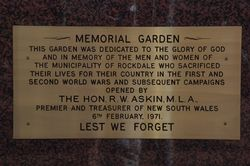Dedication Plaque : 05-May-2015