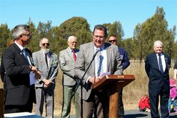 15-August-2015 : Peter Blundell,Mayor,Southern Downs Regional Council addressing attendees
