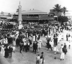 25-April-1926 : Unveiling (State Library of Queensland)