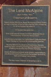 Plaque Inscription : 02-August-2015