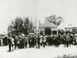 1921 : Garden opening : State Library of South Australia - B-19902